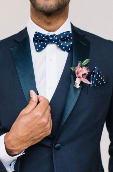 https://www.weddingwire.com/wedding-ideas/6-wedding-color-palettes-by-theme