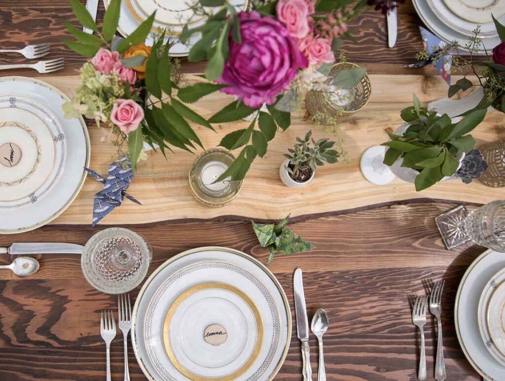 rvr tablescape Oct. 2020 post amazing how-to's while you wait.