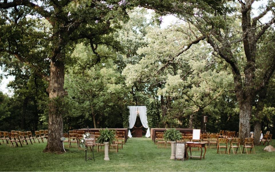 ceremony decor by The Wedding Nest